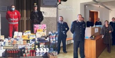 Riviera dei Cedri, i carabinieri della costa donano alimenti ai bisognosi