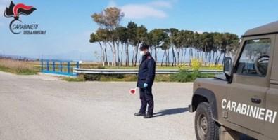 A raccogliere asparagi o a passeggio sulla spiaggia: diverse sanzioni nel Cosentino