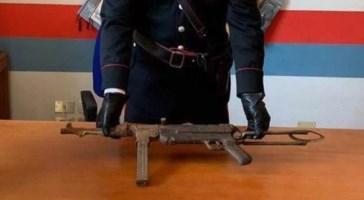 Platì, rinvenuta una mitraglietta da guerra tra la vegetazione: un arresto