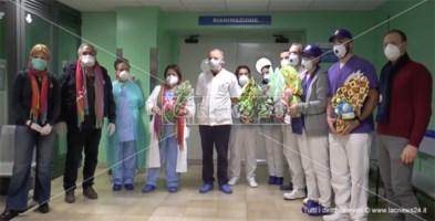 Catanzaro, i volontari Unitalsi portano la Pasqua nell'ospedale Pugliese: video