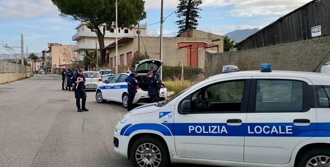 Posto di blocco vigili urbani Reggio Calabria