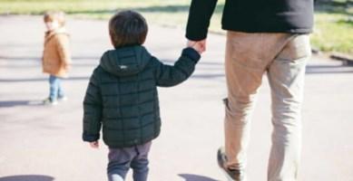Coronavirus Calabria, tanti i genitori separati che non riescono a vedere i figli: cosa dice la legge