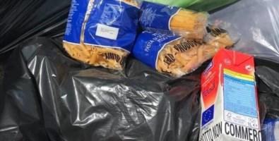 Gioia Tauro, cibo donato gettato nella spazzatura. La Caritas: «Vergogna»