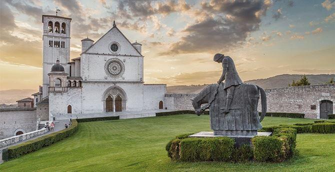 Da Assisi un messaggio ai calabresi: «Siete uno scrigno d'umanità, coraggio»