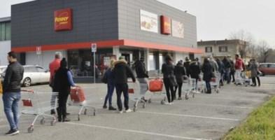 File ai supermercati nel nord Italia