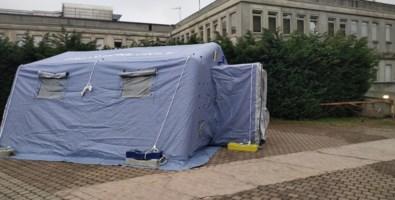 Coronavirus, piano sanitario di emergenza: tende triage davanti gli ospedali