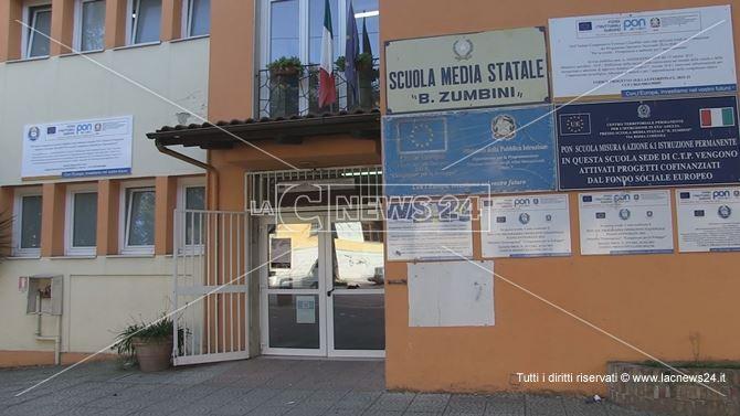 La sede dell'istituto comprensivo Zumbini di Cosenza