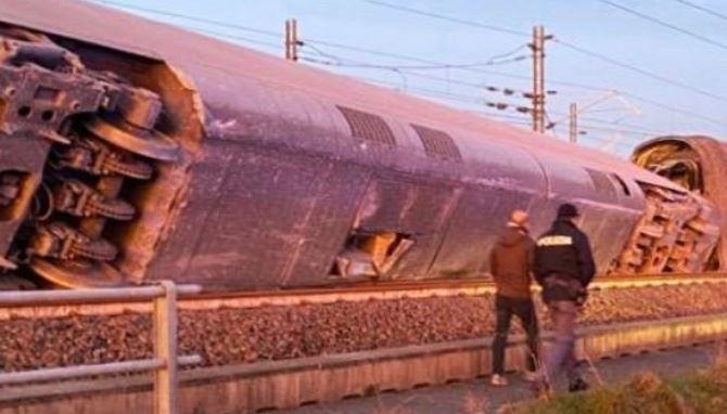 Treno deragliato a Lodi, foto Polizia di Stato
