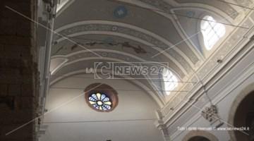 Terremoto nel Cosentino, si stacca l'intonaco in una chiesa a Castiglione: un ferito