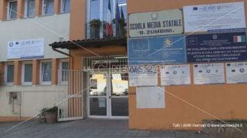 Cosenza, terzo furto alla scuola Zumbini: rubate monete dai distributori