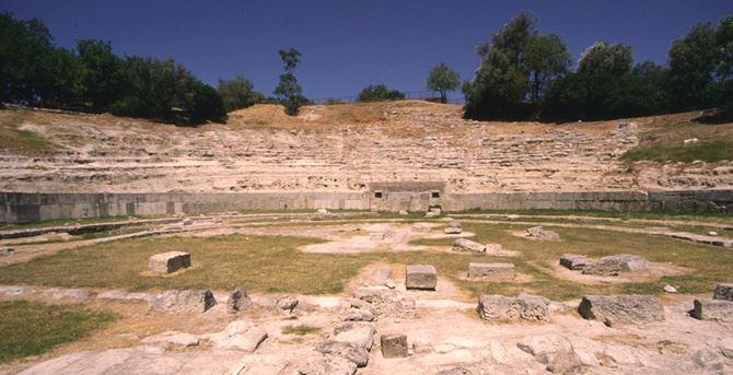 Il parco archeologico di Locri