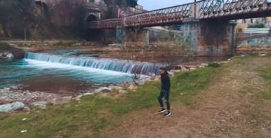 Angelo Famao a Cosenza nel nuovo video