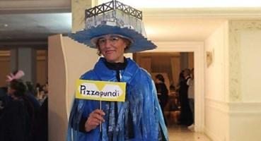 Caterina Rizzo e la maschera dedicata al molo di Pizzo