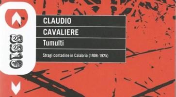 """Il catasto della memoria: """"Tumulti"""" nella recensione di Bruno Gemelli"""