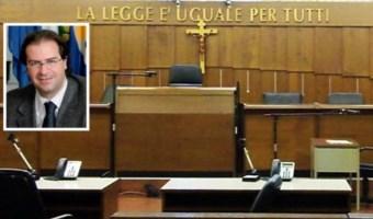 Sarra racconta la Reggio degli anni '90 tra comitati d'affari, parentopoli e lotte di potere