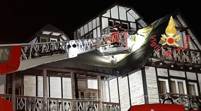 Incendio in un albergo in Sila