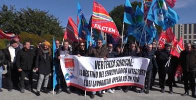 La Sorical affoga nei debiti, a Catanzaro protestano lavoratori e sindacati