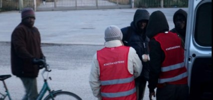 I sindacalisti tra i migranti