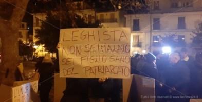 Un manifesto contro Salvini