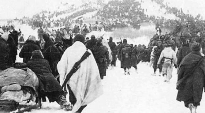 Una foto storica della ritirata dal fronte russo