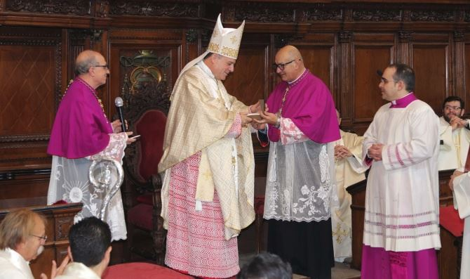Il nuovo vescovo di Crotone, monsignor Panzitta
