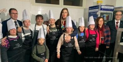 A cena dagli Chef del cuore, la cucina stellata dei ragazzi con sindrome di down