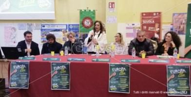 Palmi, Liceo Pizi: risorse, futuro e istituzioni in cattedra con LaC Europa