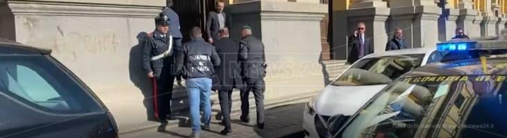 Magistrato arrestato, sesso con due avvocati per aiuti nei processi: le accuse a Petrini
