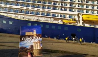La nave da crociera giunta a Corigliano-Rossano