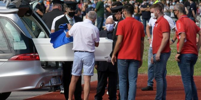 I funerali a Gessate, foto ansa
