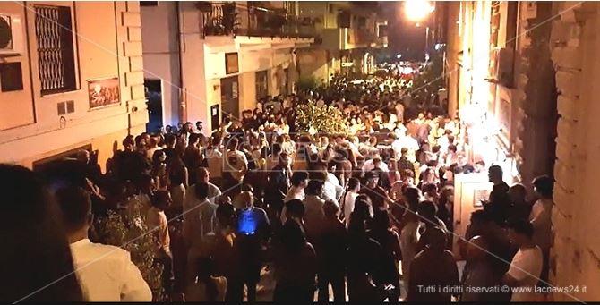 Immagine della vita notturna a Soverato