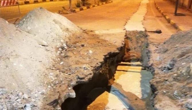 La condotta idrica scoppiata a San Ferdinando
