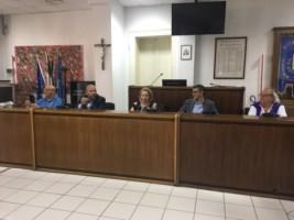 Rifiuti, i sindaci della Locride invocano l'intervento del prefetto