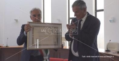 Porto di Gioia Tauro, il commissario Agostinelli è cittadino onorario di San Ferdinando