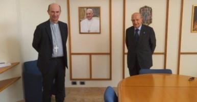 Il segretario generale Cei, monsignor Russo e il presidente Unicef, Samengo