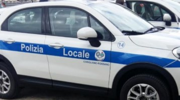 Le nuove auto della polizia municipale di Corigliano-Rossano