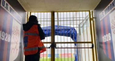 Lite tra tifosi a Vibo durante le partite di calcio, emessi tre daspo