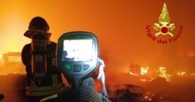 L'intervento dei vigili del fuoco a Briatico nel Vibonese