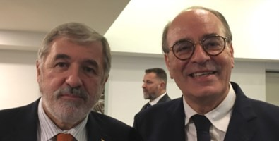 Minicuci (a destra) con il sindaco di Genova Bucci (foto di Genova 3000)