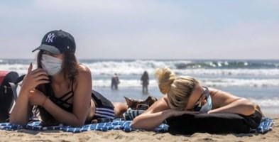Distanza anche in acqua e niente feste in spiaggia: le regole dell'Iss per il mare