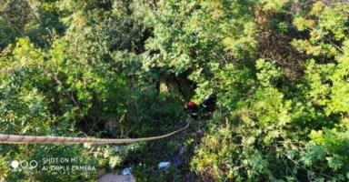Bagnara, cade in un dirupo di oltre 30 metri: salvato dai vigili del fuoco