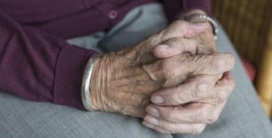 Blitz dei Nas nelle residenze per anziani, anche in Calabria denunce e sospensioni
