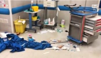 Ospedale devastato a Napoli (frame video Repubblica)