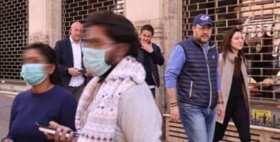 Matteo Salvini passeggia con Francesca Verdini per il centro di Roma