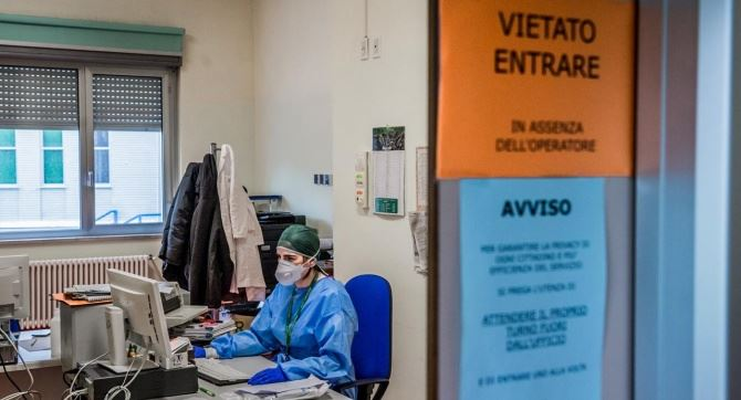 Coronavirus, in Calabria tornano a crescere i contagi: il bollettino dell'8 aprile