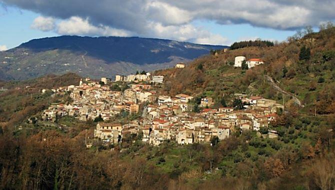 Conflenti, foto da wikipedia