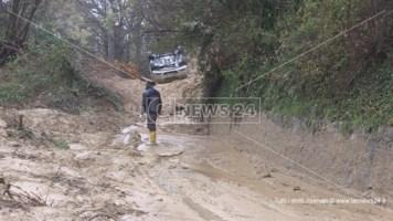 Maltempo, frana nel Cosentino: evacuata palazzina a Celico
