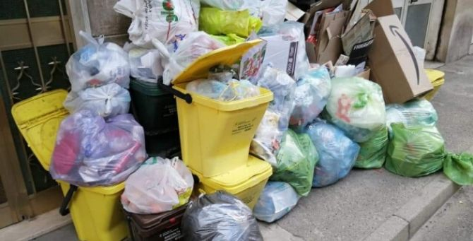 Cumulo di rifiuti a Reggio Calabria