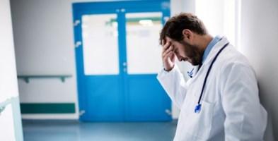 Coronavirus, la strage dei medici: 137 i morti da inizio epidemia