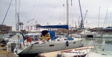 Da 20 giorni in mare, cacciati da tutti i porti e ora in quarantena a Gioia Tauro